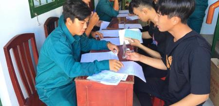 Ban chỉ huy Quân sự phường Tân Quy Đông tổ chức đăng ký nghĩa vụ quân sự tuổi 17 năm 2021